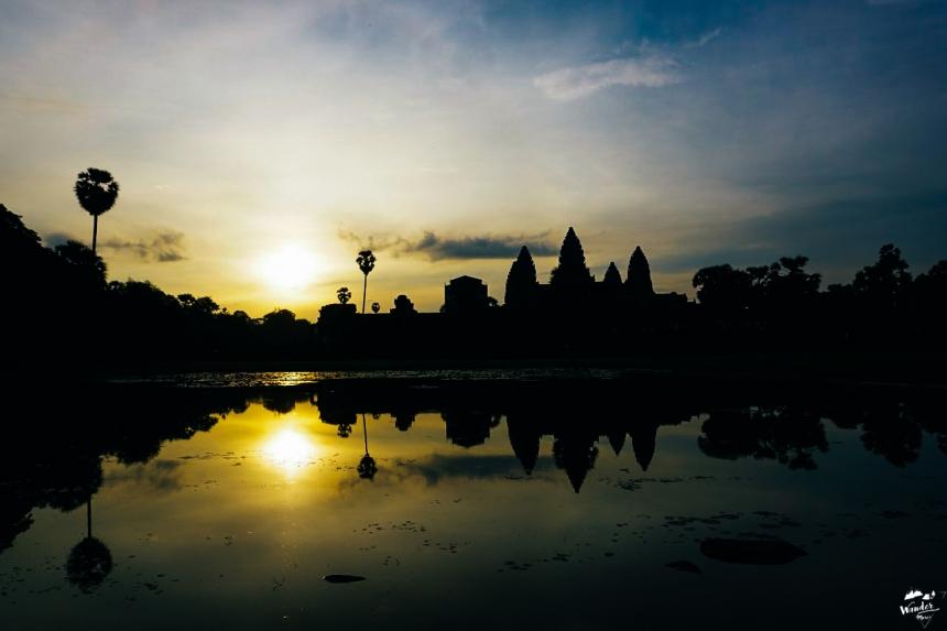 นครวัด ผจญภัย เที่ยวคนเดียว กัมพูชา เดินทาง อังกอร์วัด angkor wat sunrise