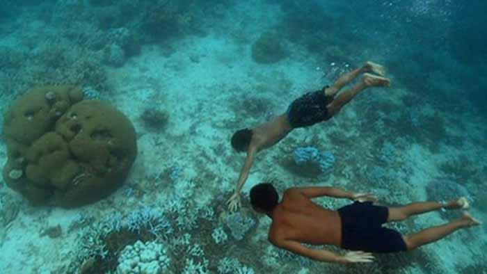 มอแกน ยิปซีทะเล เที่ยวทะเลไทย หมู่เกาะสุรินทร์ ดำน้ำ หาปลา เที่ยวคนเดียว เที่ยวใต้