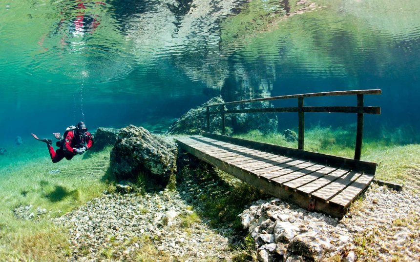 green-lake-austria-underwater-GRUNER0517 getty image